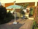 Feriensiedlung Marina Porto Alabe, Ferienwohnung Assunta, Sonnenschirm