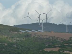 Solar und Windenergie auf Sardinien
