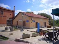 Bahnhof der Schmalspurbahn in Bosa Marina