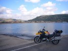 Bosa Marina bietet viele Sportmoeglichkeiten, u.a. Windsurfen und Paragliden