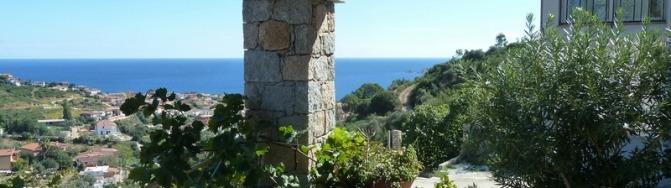 Santa Maria Navarrese, Casa Mare e Collinas, Terrasse mit Meerblick