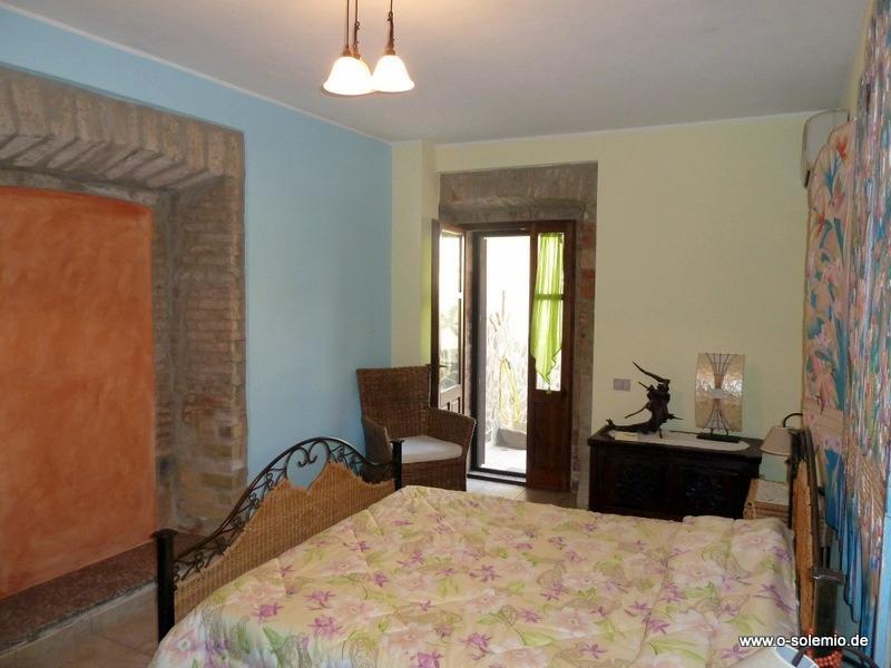 Schlafzimmer 1 Im Landhaus Cabras Oleificio