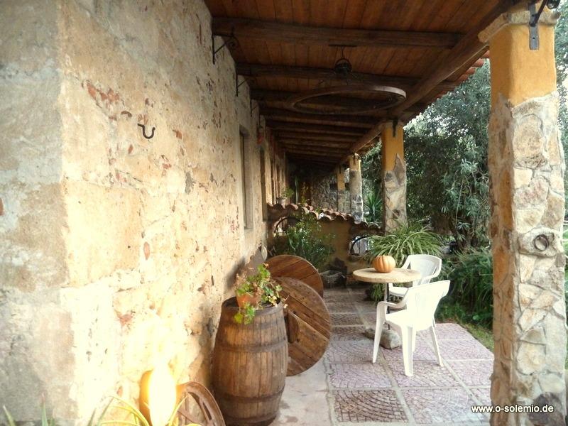 cabras oleificio landhaus cabras sardinien o solemio. Black Bedroom Furniture Sets. Home Design Ideas