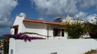 Ferienhaus mit zwei Ferienwohnungen