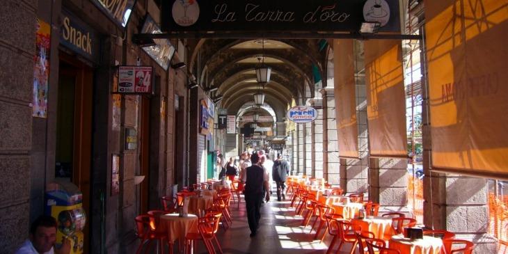 Via Roma am Hafen von Cagliari